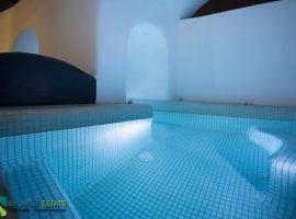 Luxury Stone House - Cyclades Islands, Santorini, Megalochori • Πολυτελής Πετρόκτιστη Μονοκατοικία - Κυκλάδες, Σαντορίνη, Μεγαλοχώρι