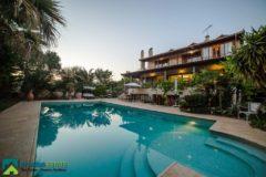 Luxurious Villa - South-East Attica, Aghia Marina • Πολυτελής Βίλα - Νότιοανατολική Αττική, Αγία Μαρίνα